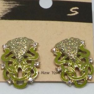 Fashion Earrings Studs Mustard Green Pierced 1092